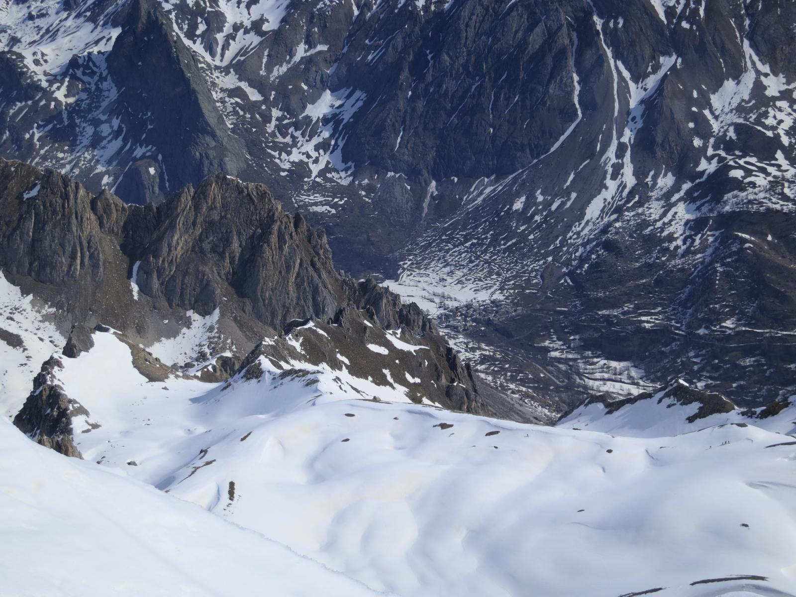 gruppo in arrivo dal versante Val Maira - Chiappera