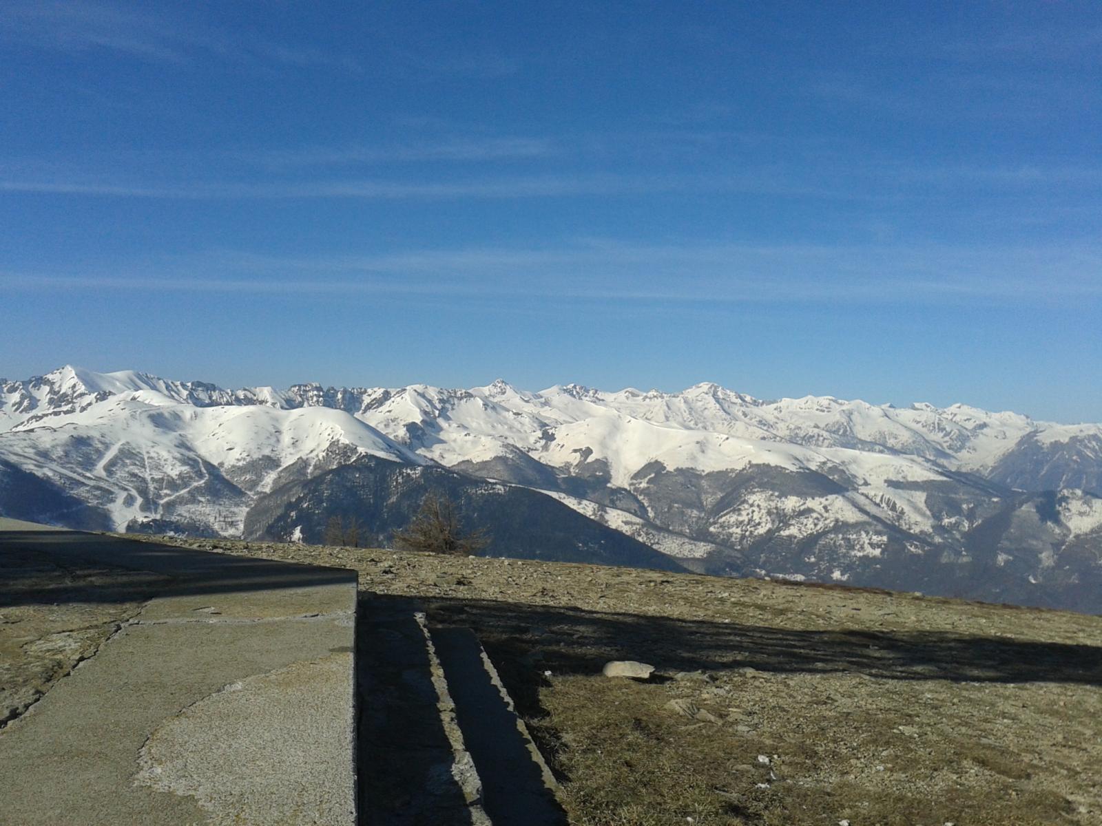 Dalla cima vista verso le amate vette delle Liguri!