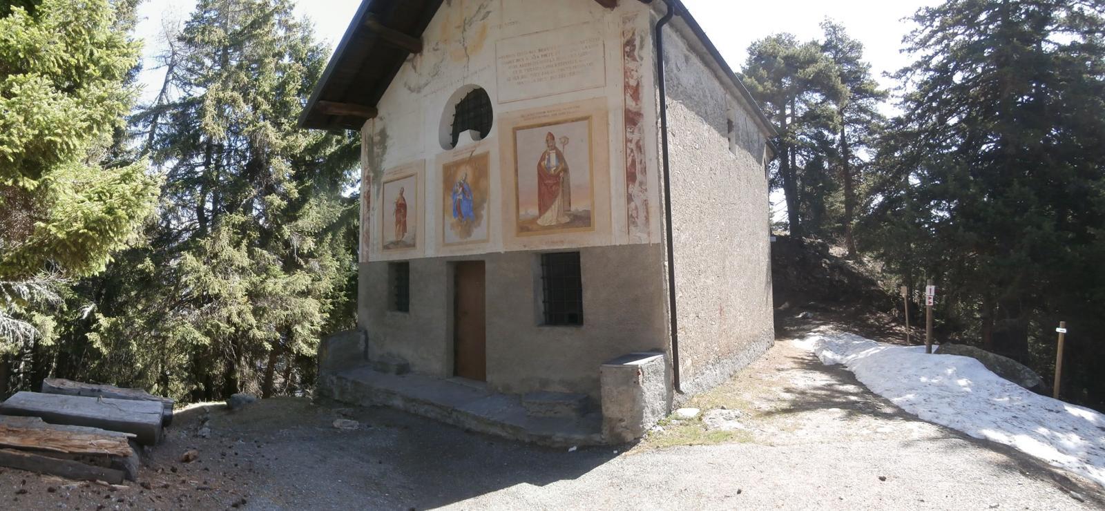 raggiunta la bella chiesetta di St. Pantaleone...