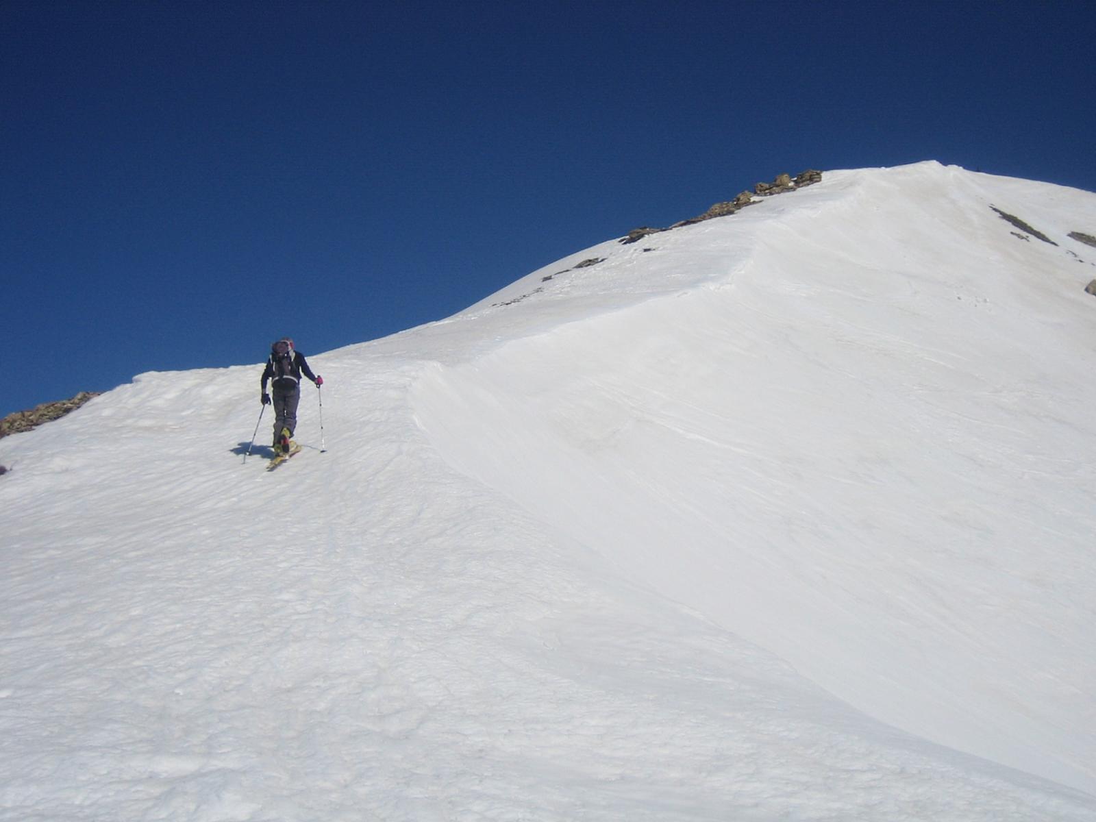 agevole dorsale sopra il il Colle Aguya 2557 m.