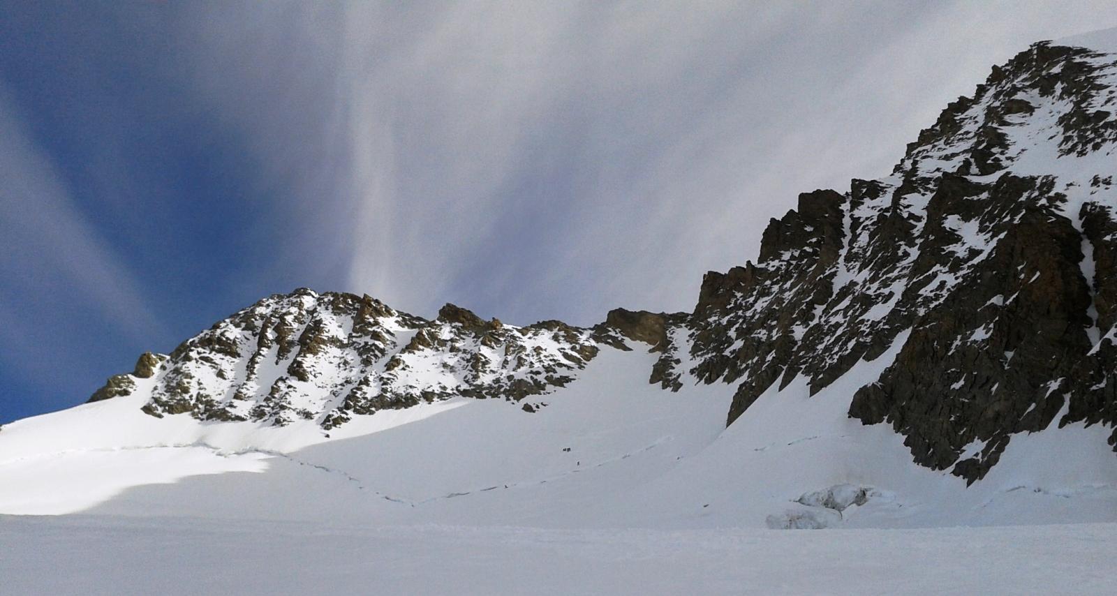Gross e Hinter Fiescherhorn per il versante O della Fieschersattel e le creste SE e NO 2014-04-11
