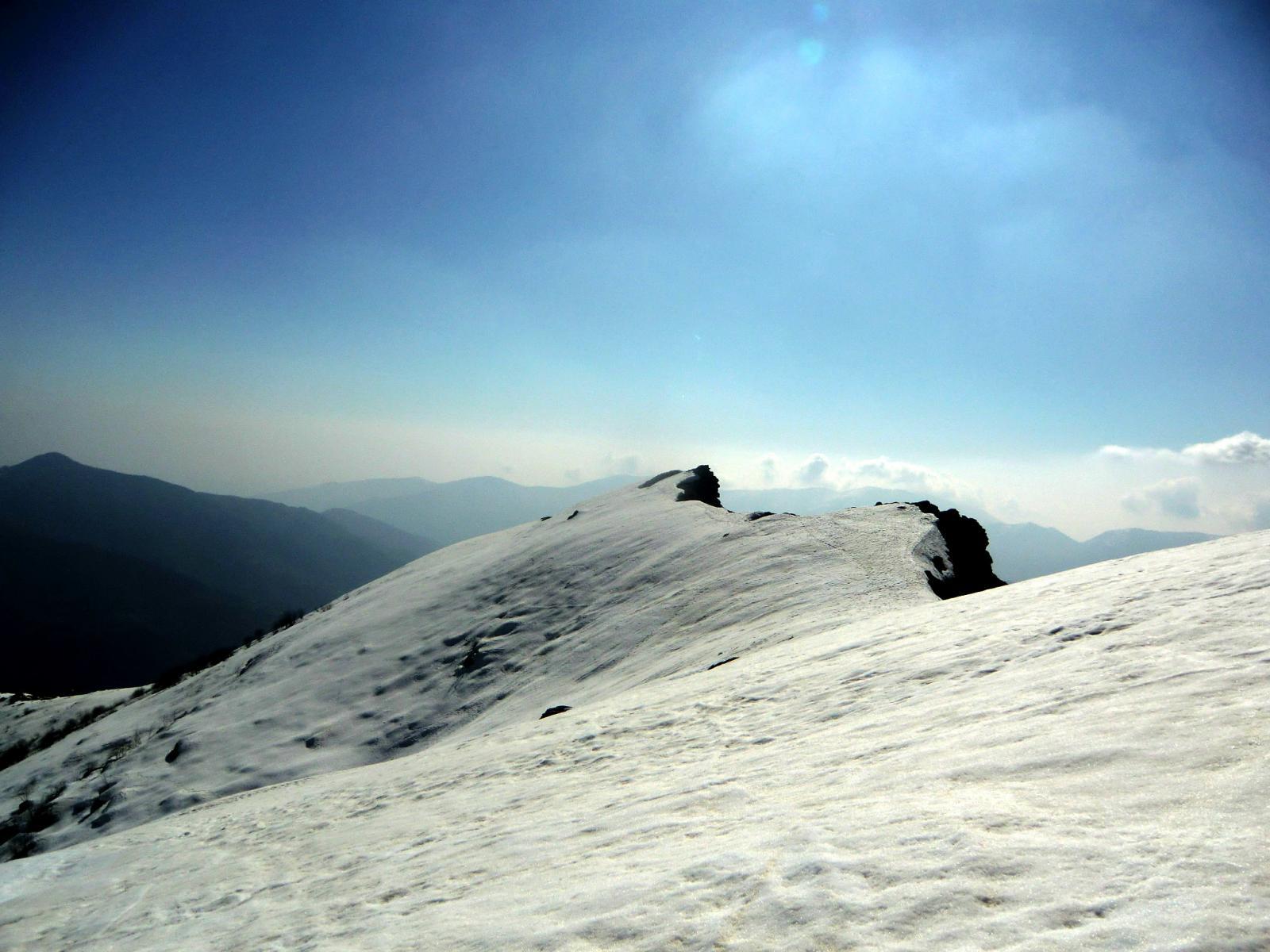 La dorsale verso il Monte Ciarm (non visibile la vetta)