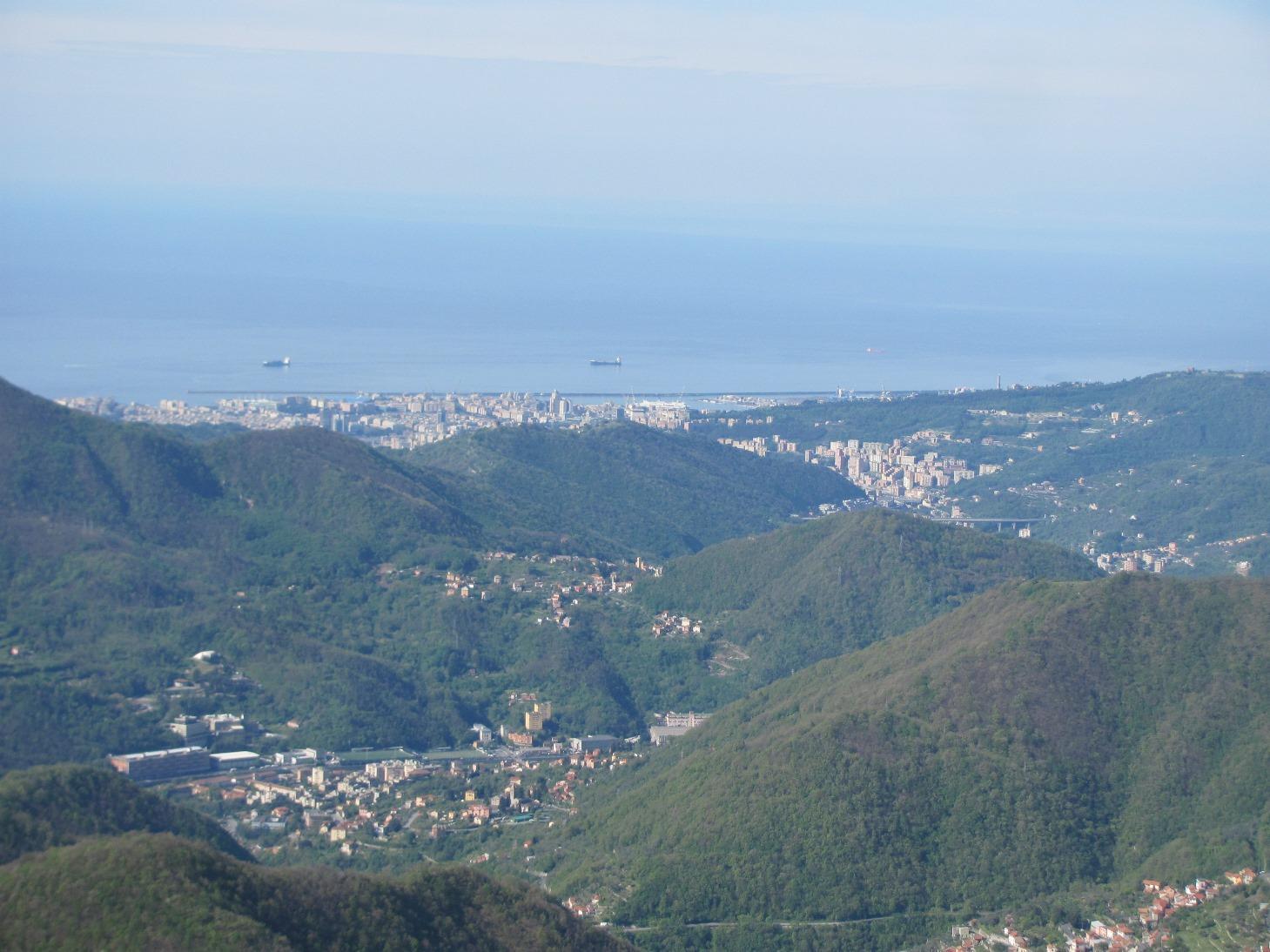 M. Alpesisa: vista verso Genova
