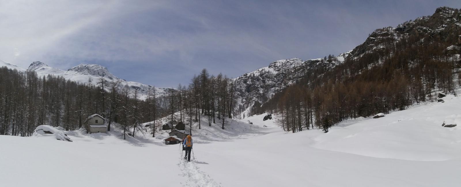 Giancarlo ha finito di tracciare dopo 7 km. di percorso in neve intonsa...