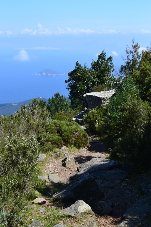 scorci panoramici dal sentiero di discesa