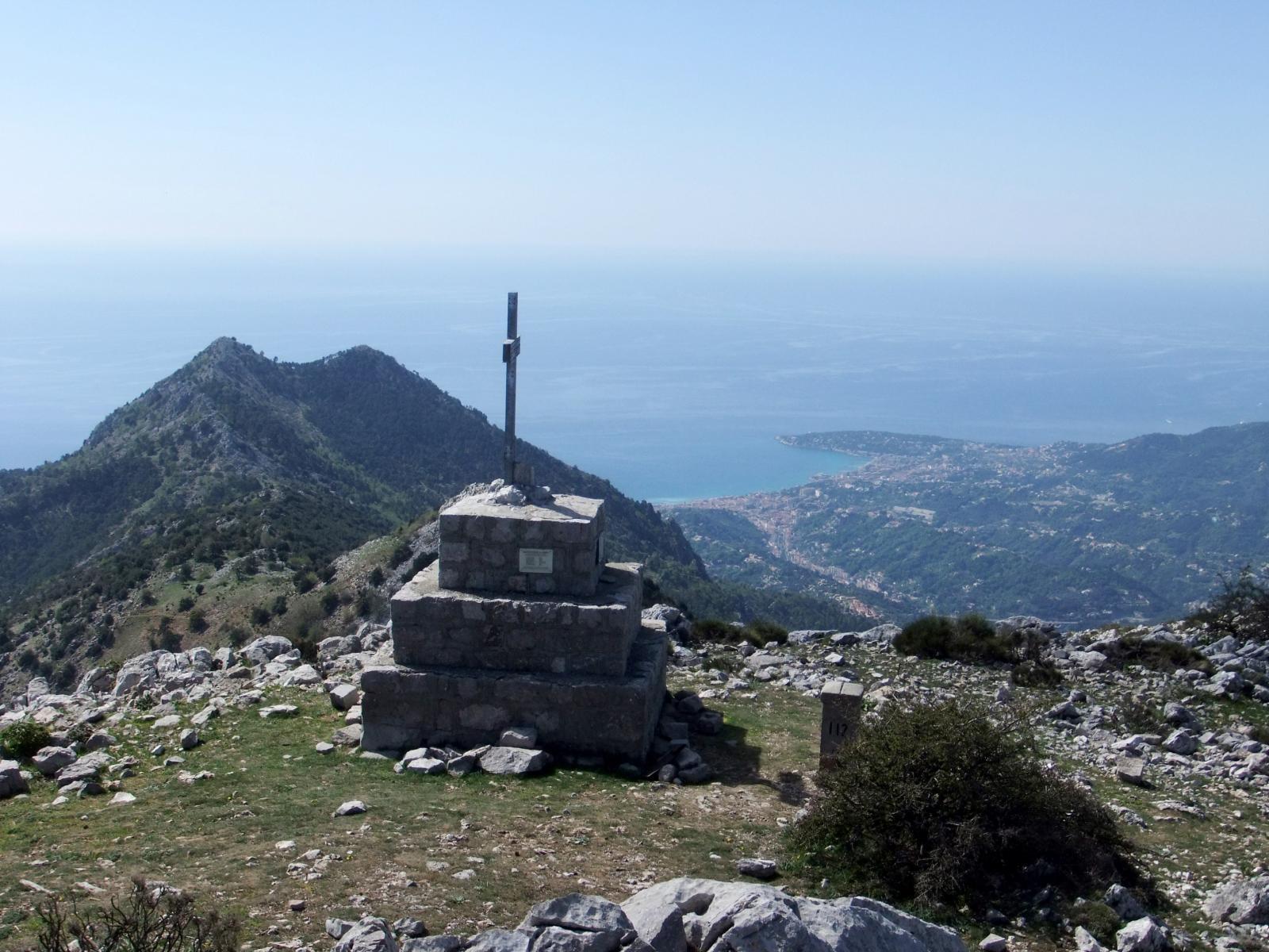 Grammondo (Monte) da Villatella, anello per Punta Longoira e Roc d'Ormea 2014-04-23