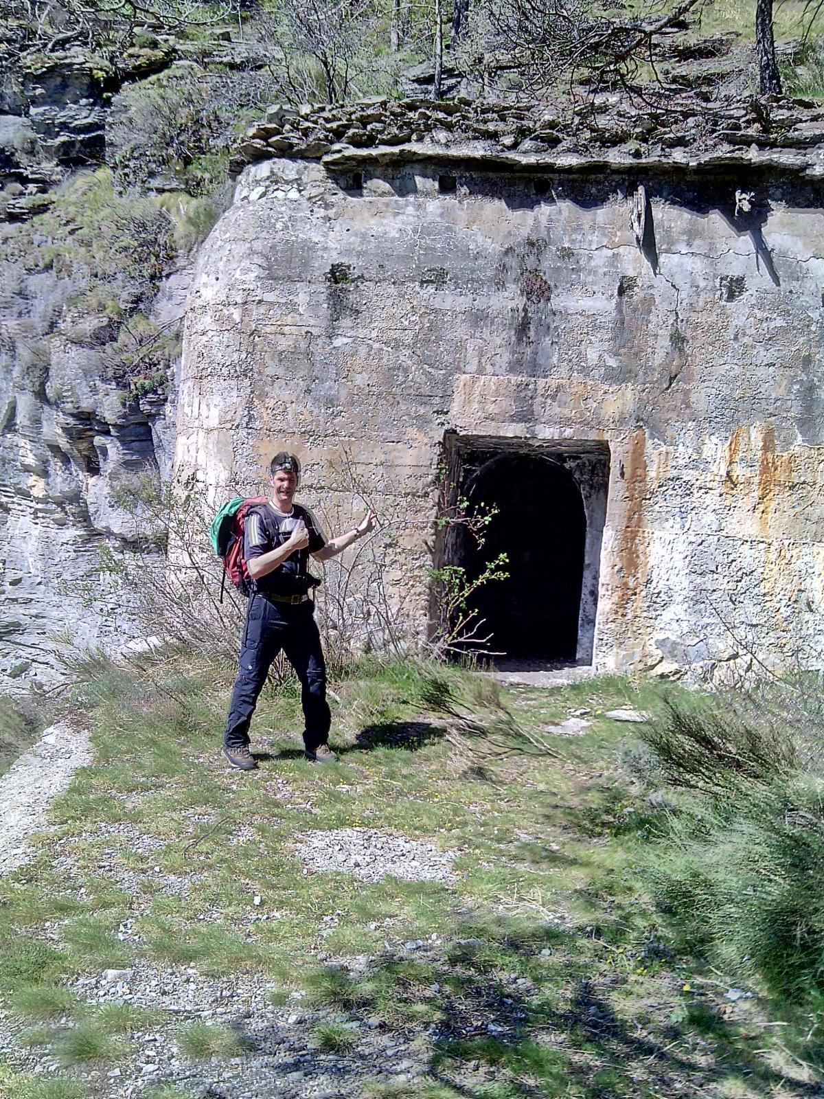 All'ingresso della struttura.
