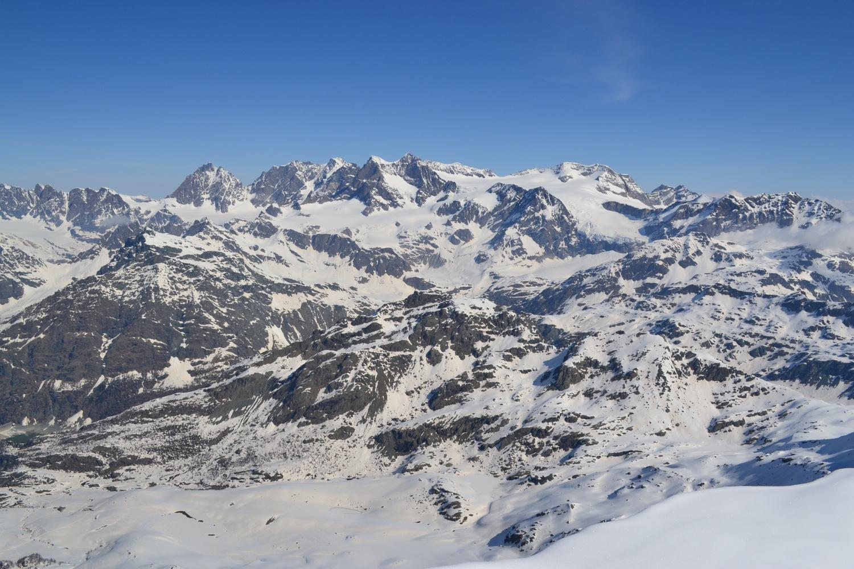 panorama sul Bernina dalla cima