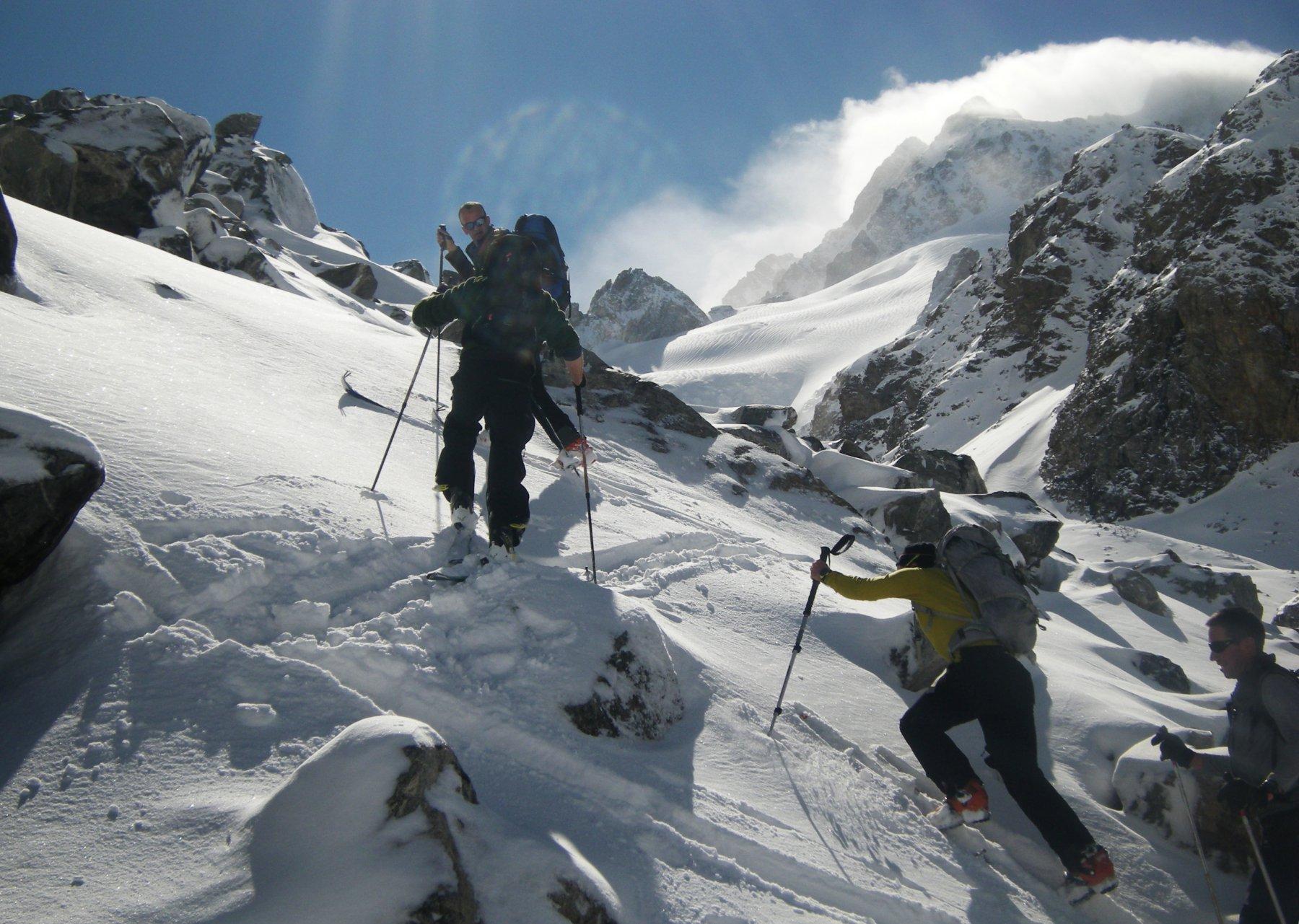 passaggio sul ghiacciaio Mestia