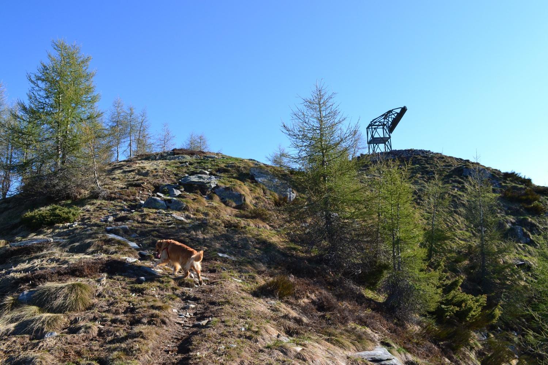 il ripetitore sulla vetta del Pianascio (1643 m)