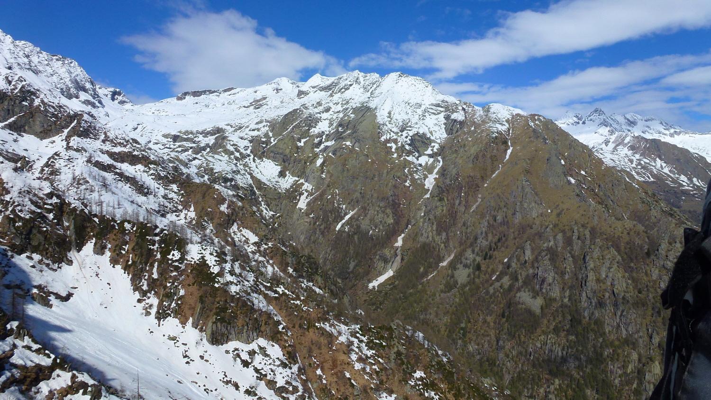 la Valle del Lasin e la Costa Vargnei