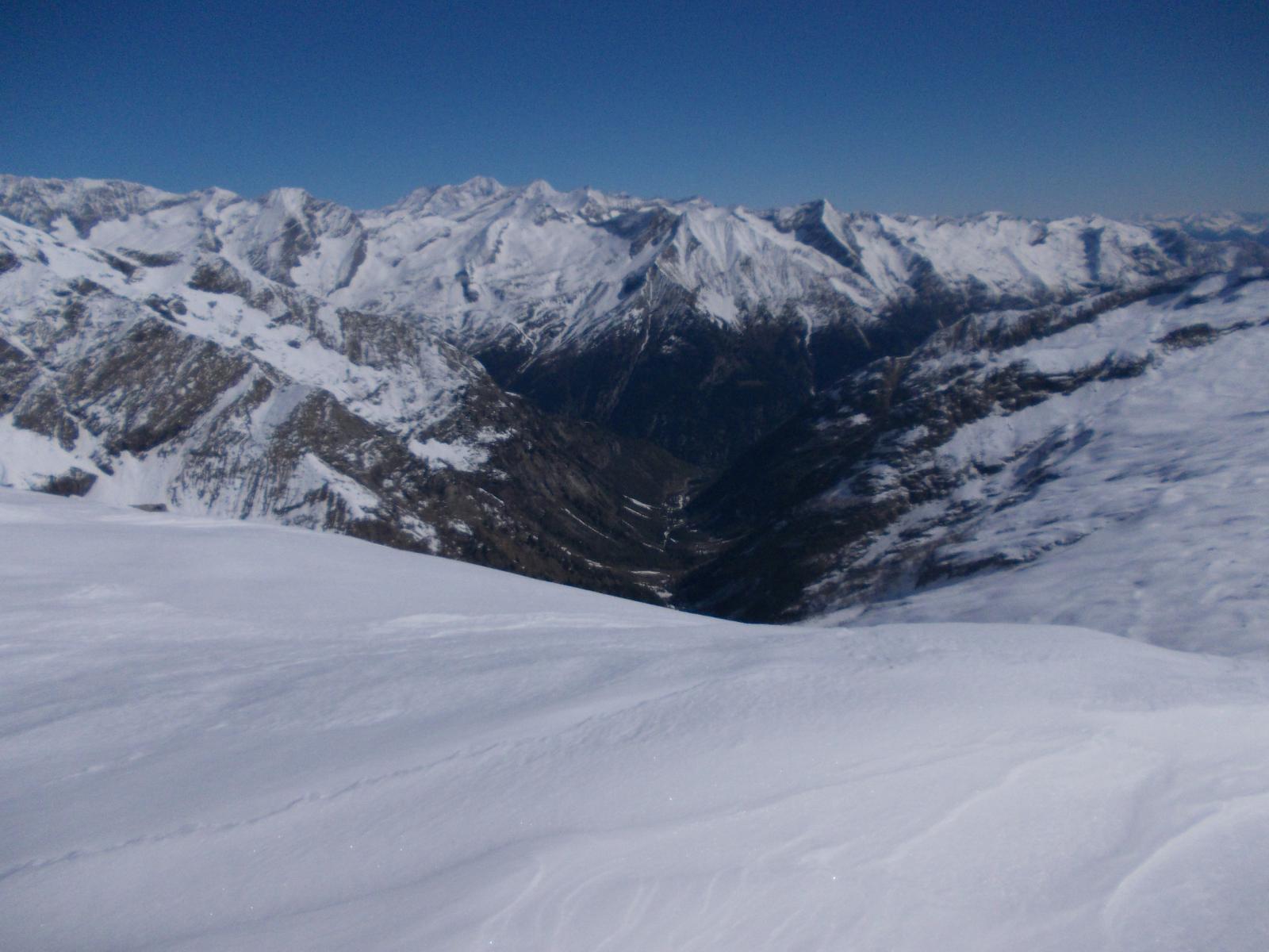 Val Quarazza dal Turlo (in fondo il Lago delle Fate)