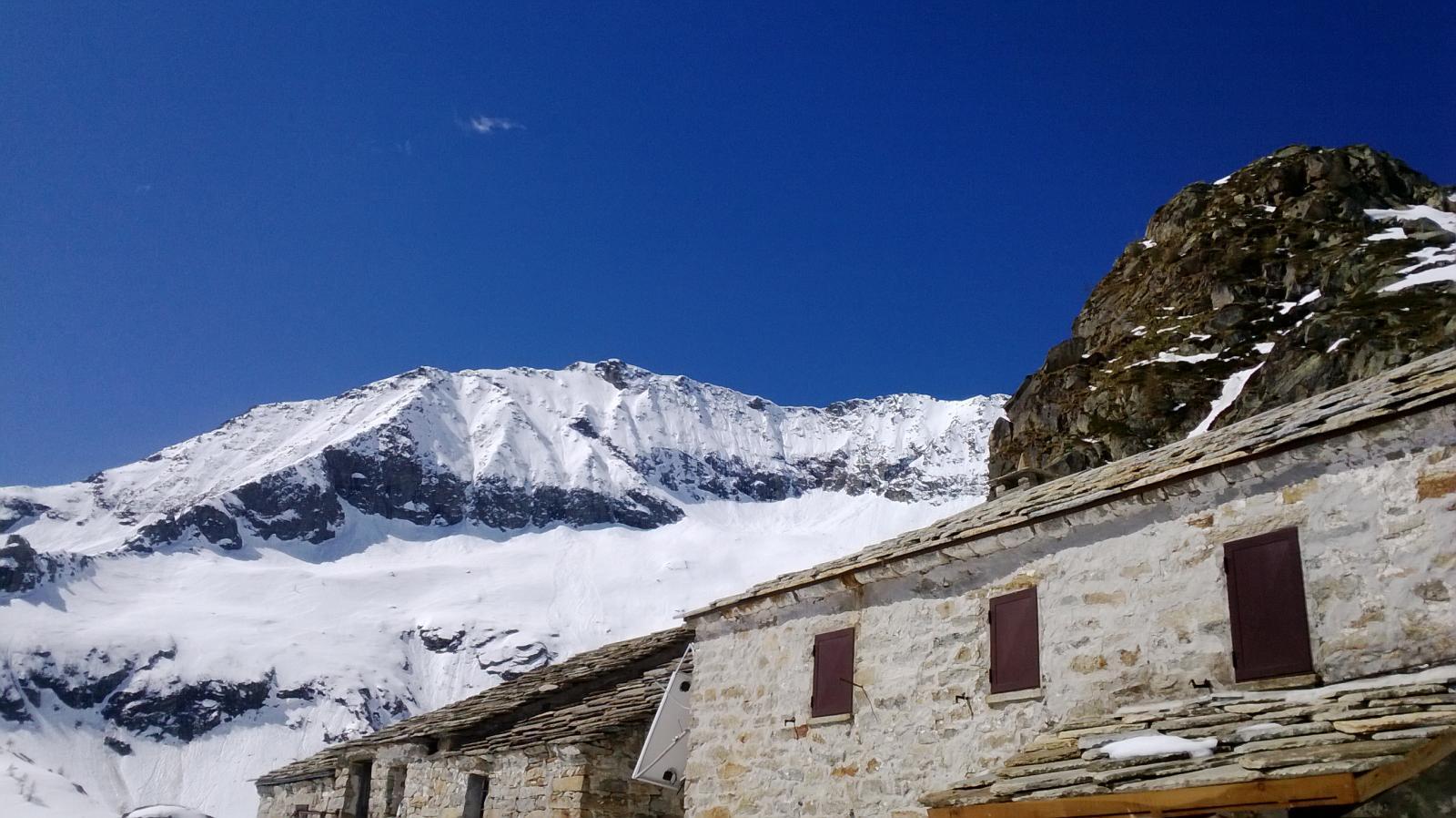 Il Monte Cresto ripreso dal Rifugio.