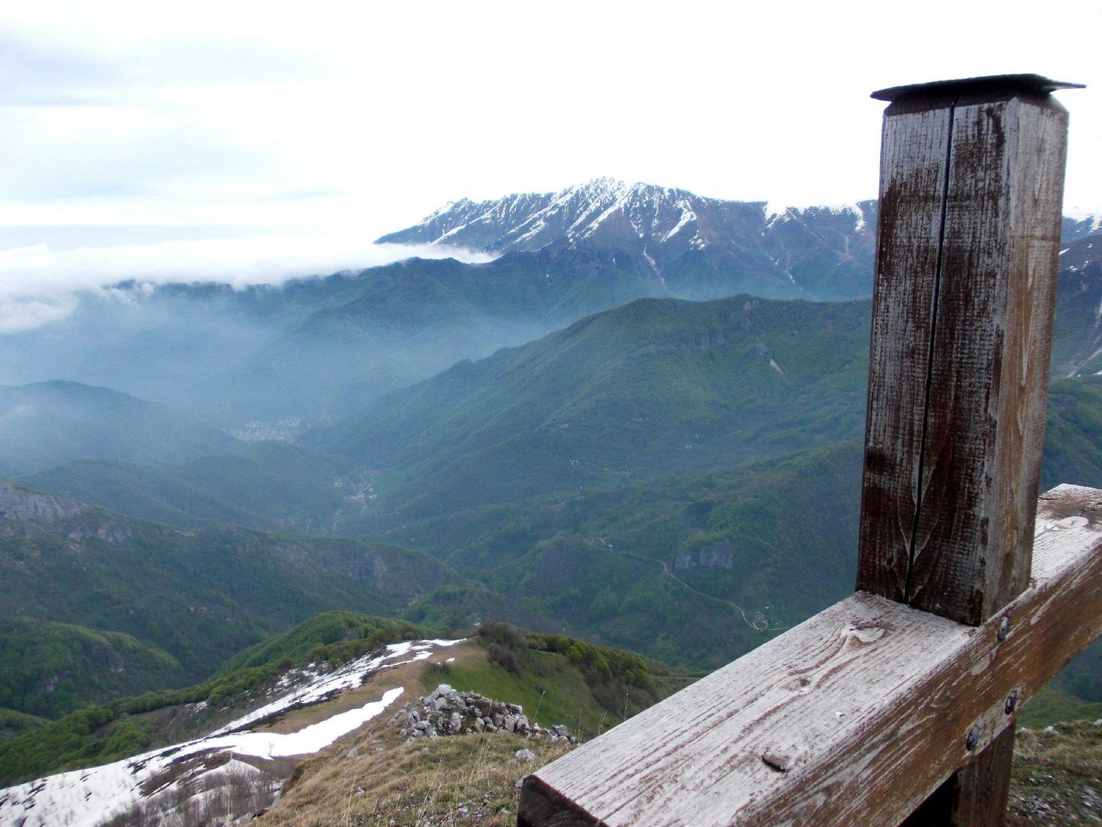 dalla cima verso il fondo valle