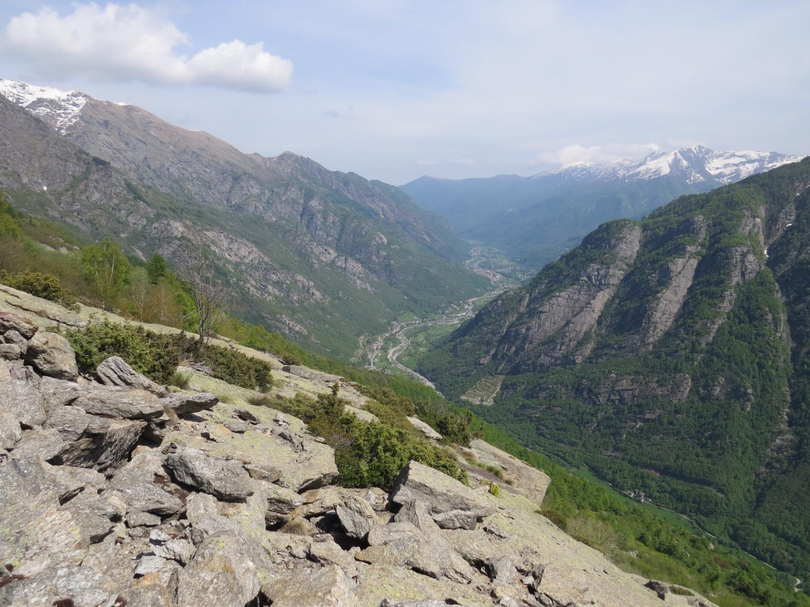 Vista sulla bassa valle