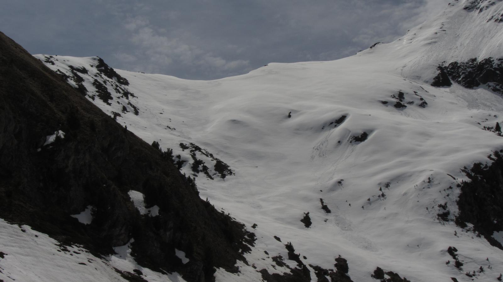Belle curve nel pendio sotto il colle di Chamolè (lato Pila)