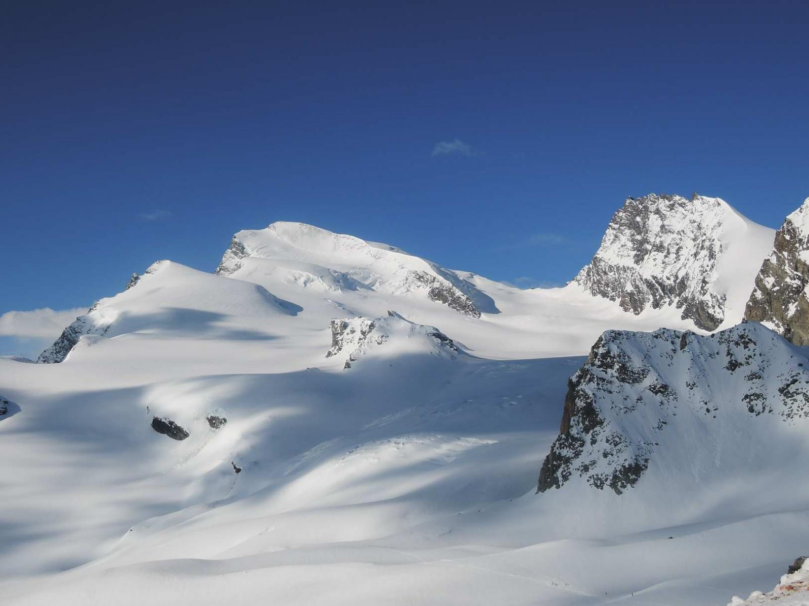 Strahlhorn, Adlerpass e Rimpfischhorn