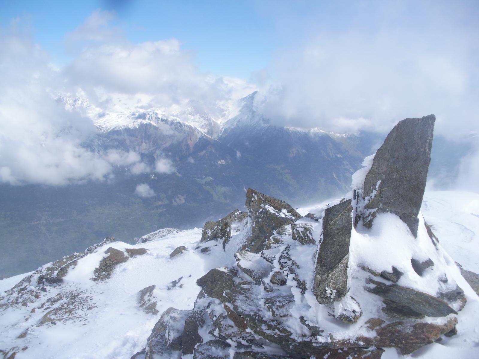 Uno sguardo alla Vanoise dalla vetta.