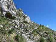 Passaggio sulle rocce carsiche del Toraggio