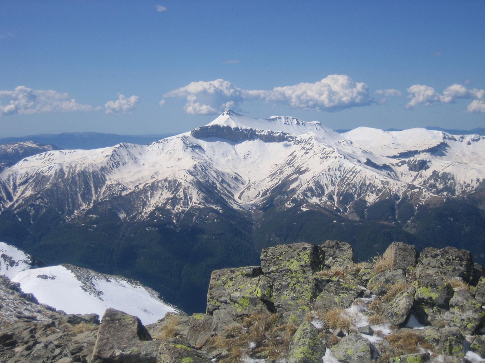 dalla cima: panorama sulla Valle della Tinée