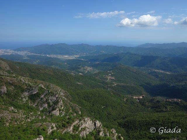 Panorama sulla piana di Albenga e l'aeroporto di Villanova