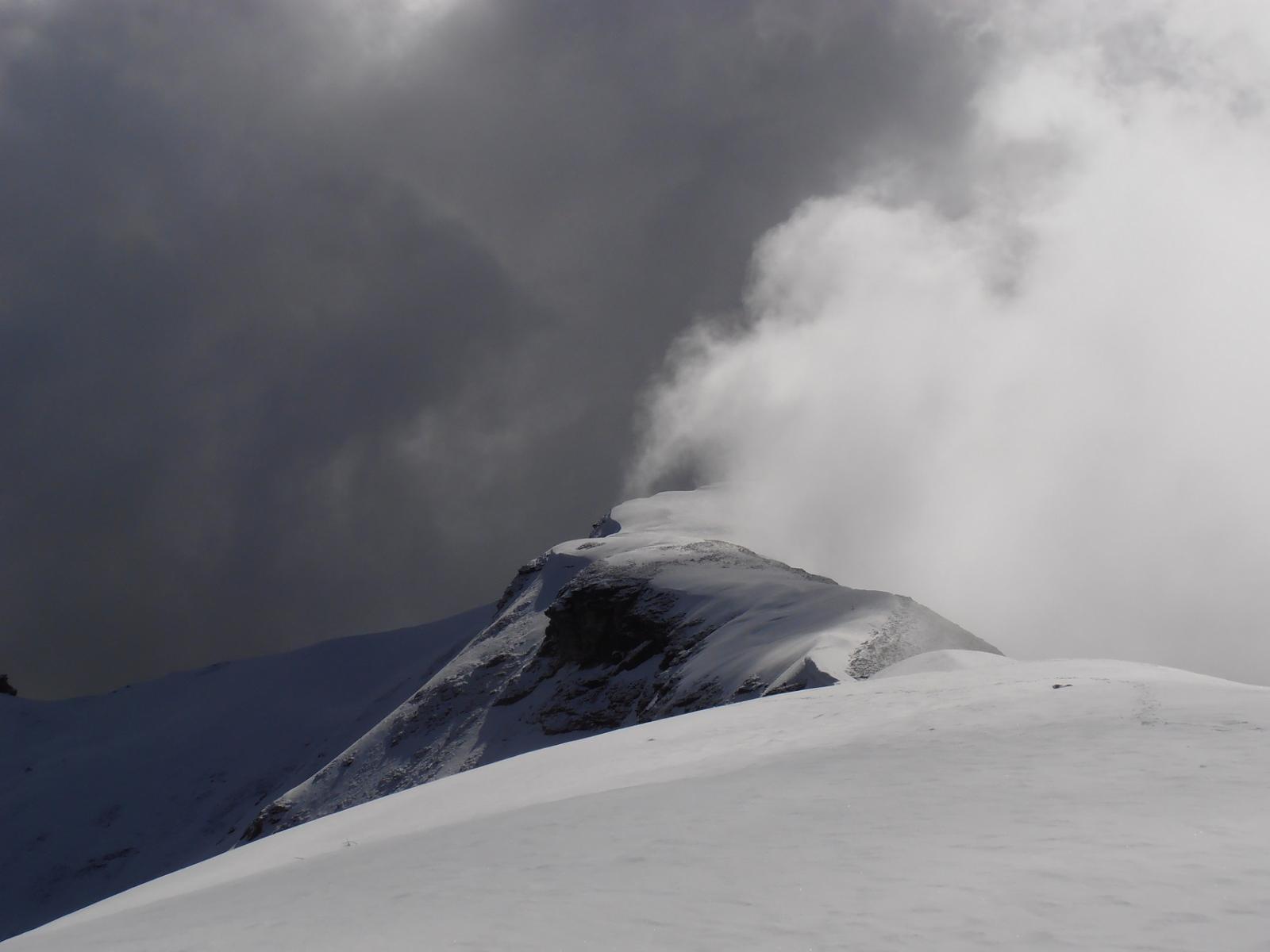 03 - tutto scompare tra le nuvole
