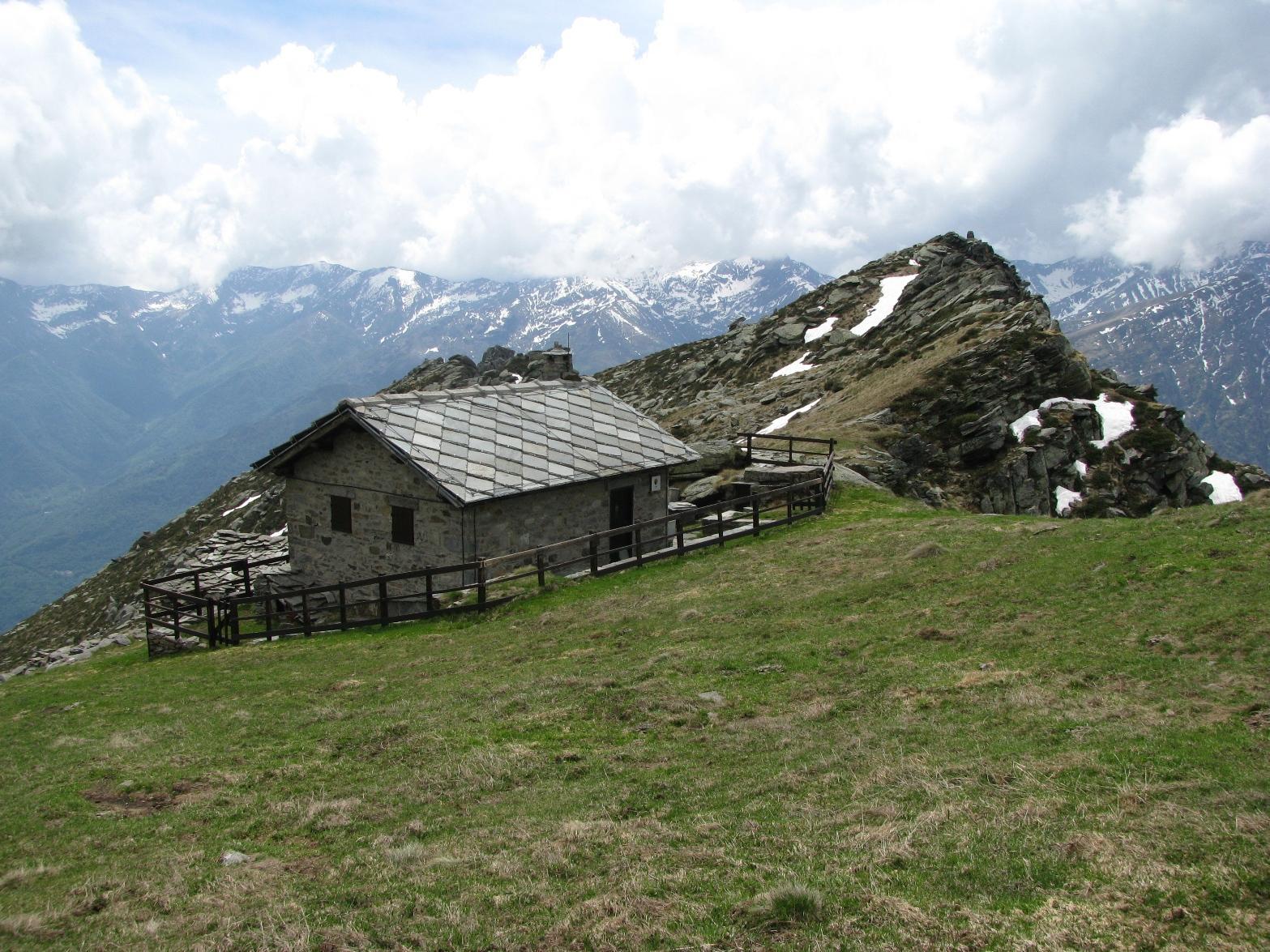 Alpe La Colla, casotto PNGP e Colmetta