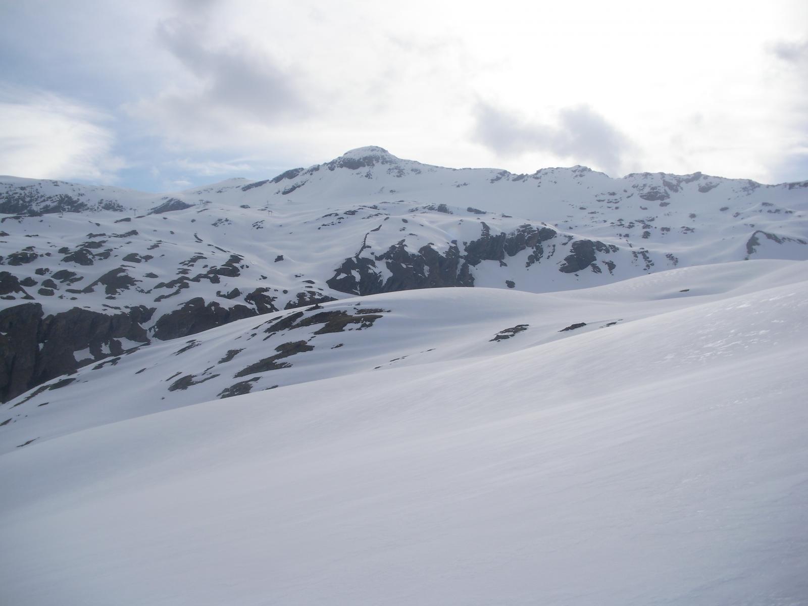 ..salendo alla P.du Montet lontana al fondo..
