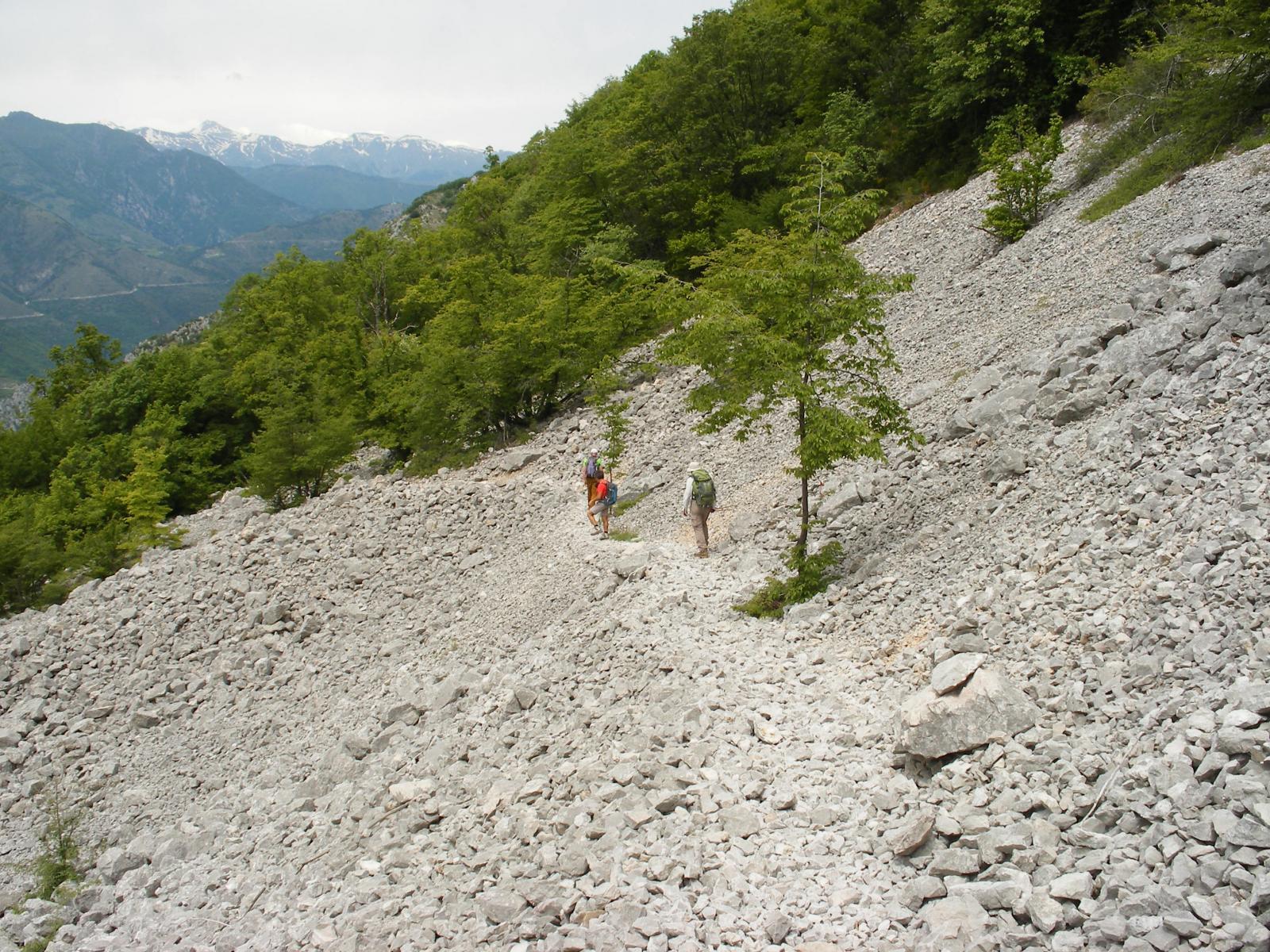 tratto di sentiero per la Baisse de Scuvion