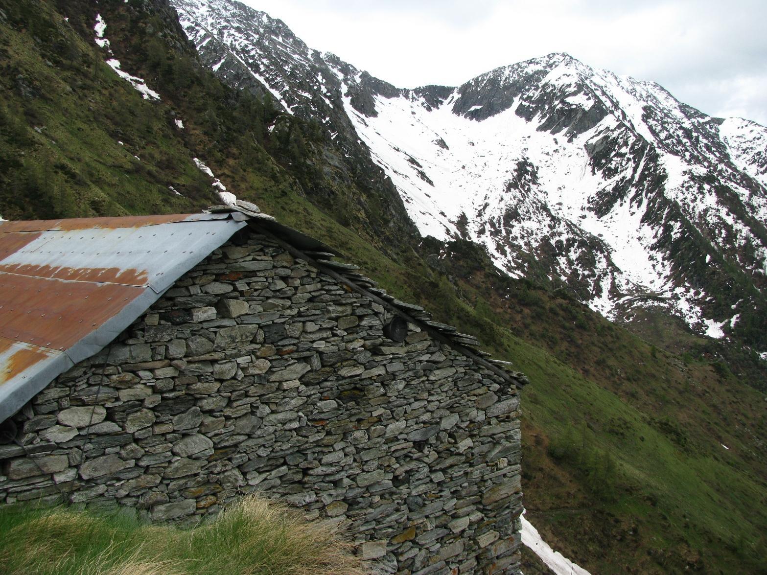 Baita Sassetto e Monte Canaussa