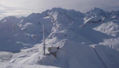 Dalla cima guardando il Pizzo Bernina sulla dx