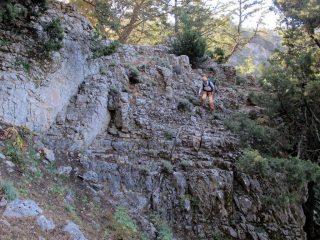 Poco sotto la grotta di Kormokopos