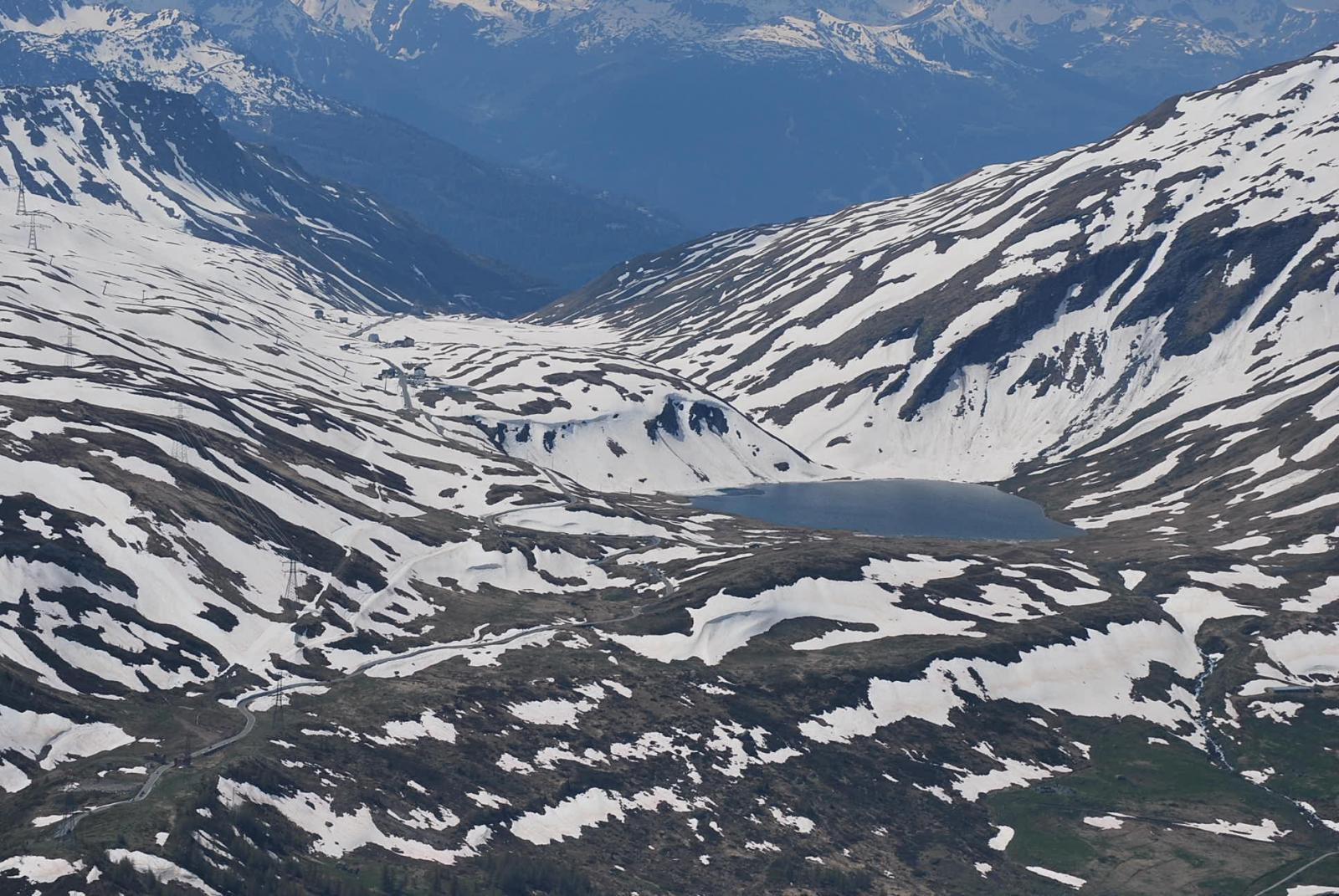 Lago di Verney  e Piccolo San Bernardo visti dalla vetta