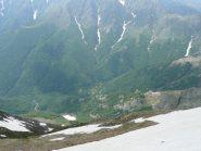 Uno sguardo verso il bivacco Pian di Boit dalla cresta