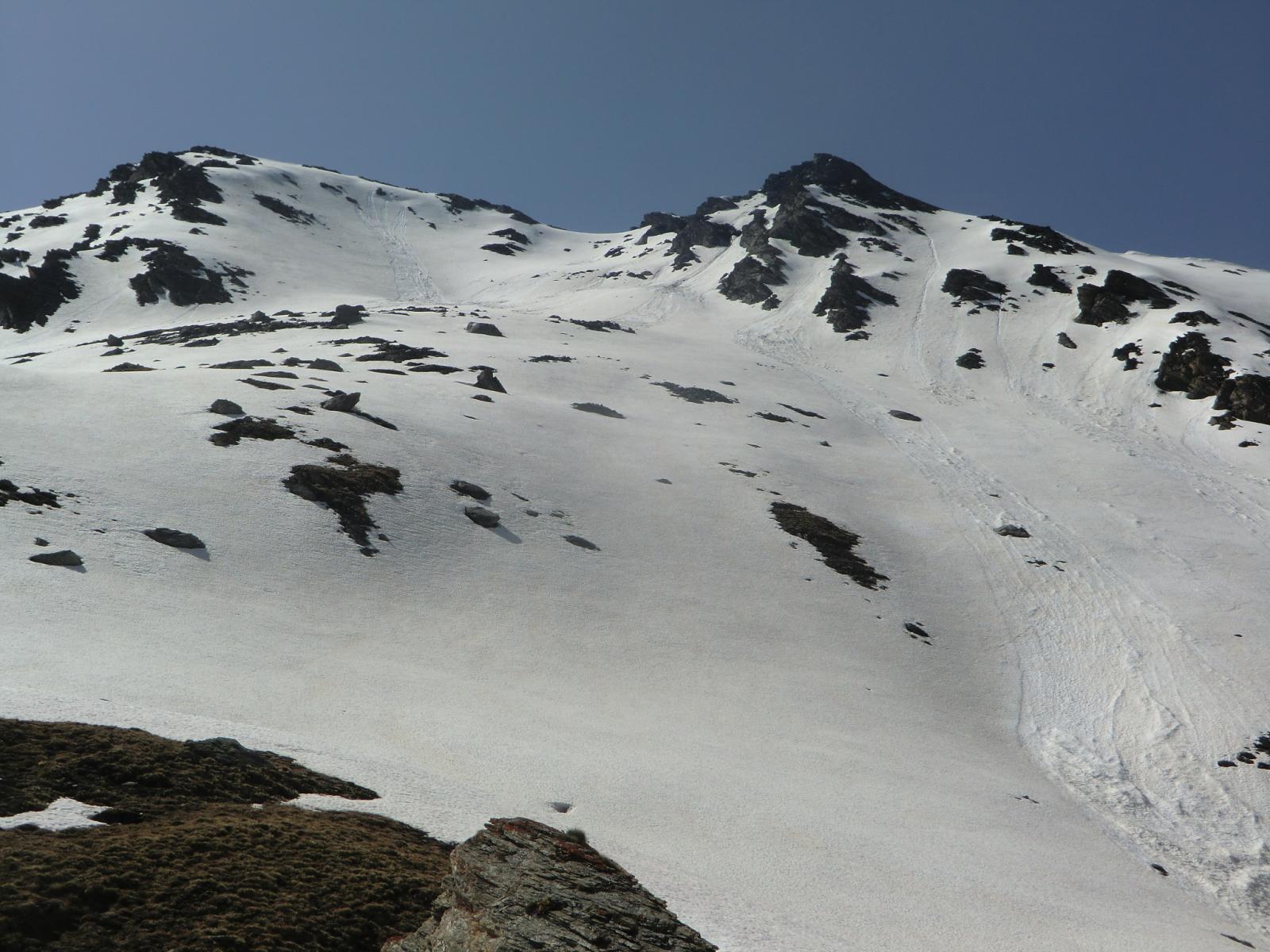 Un altro bel vallone sciistico presso il Pic de Charbonnel