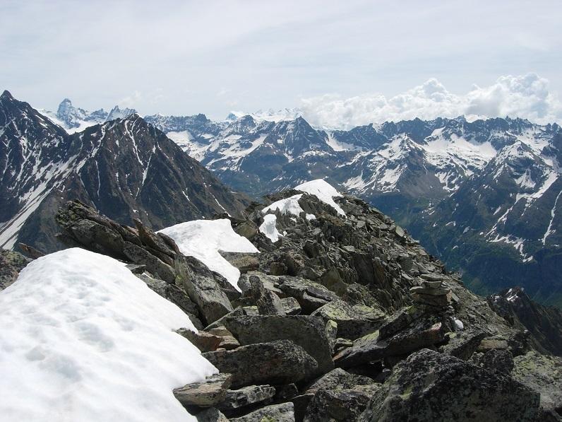 Dalla vetta panorama verso Cervino e Monte Rosa