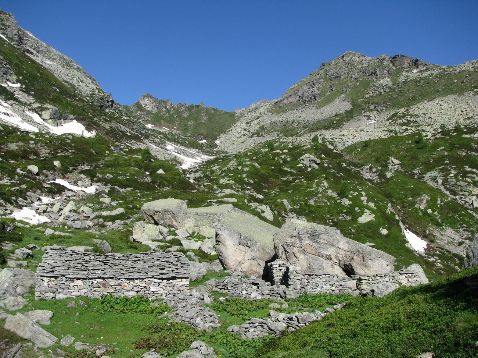 Alpe Muanda, Bocchetta Fioria e Punta di Pelousa
