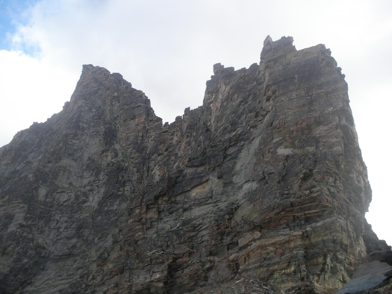La cresta sud dal passo di Nequede'..da subito una bella gatta da pelare..