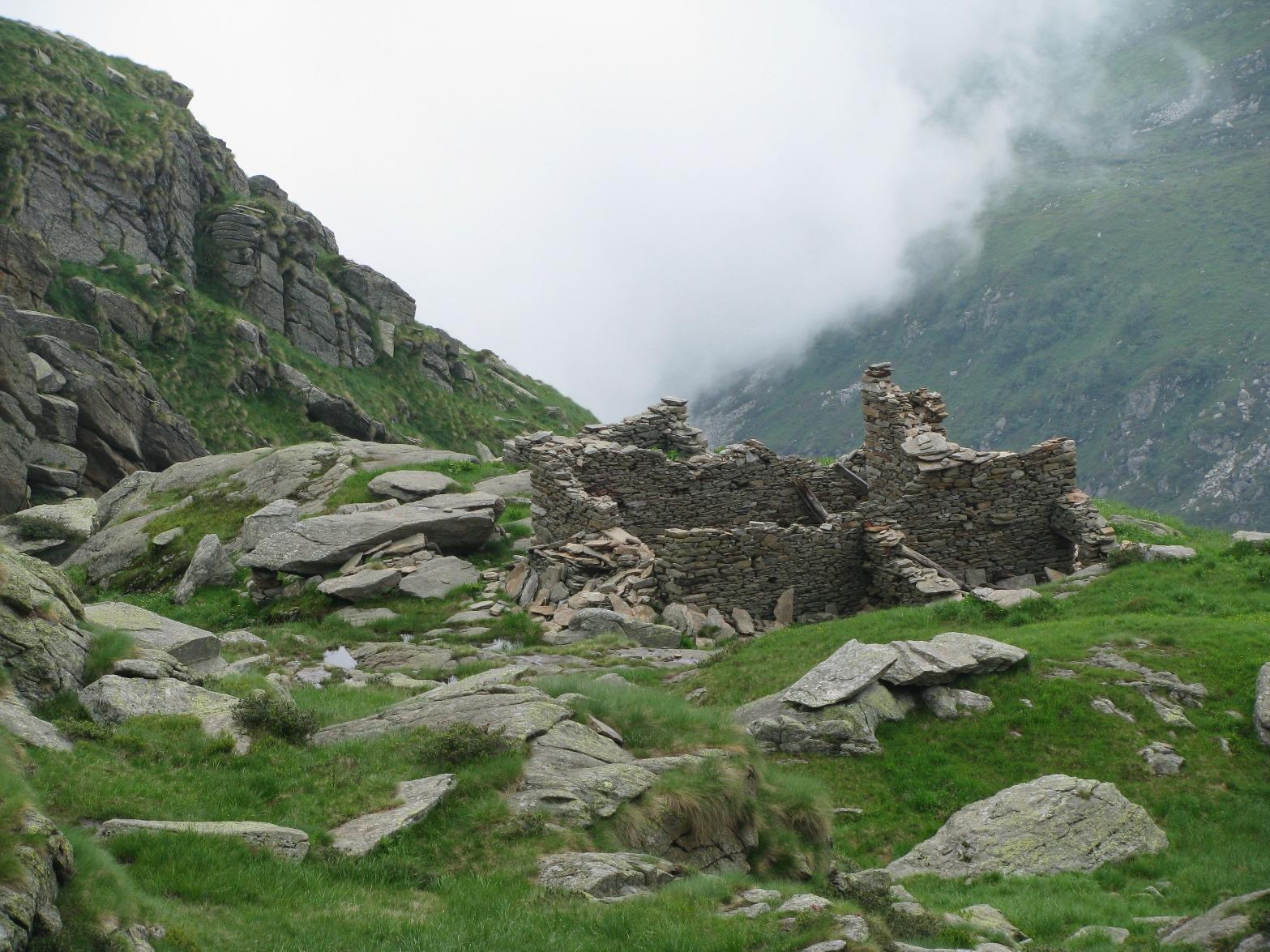 Ruderi dell'Alpe Palit