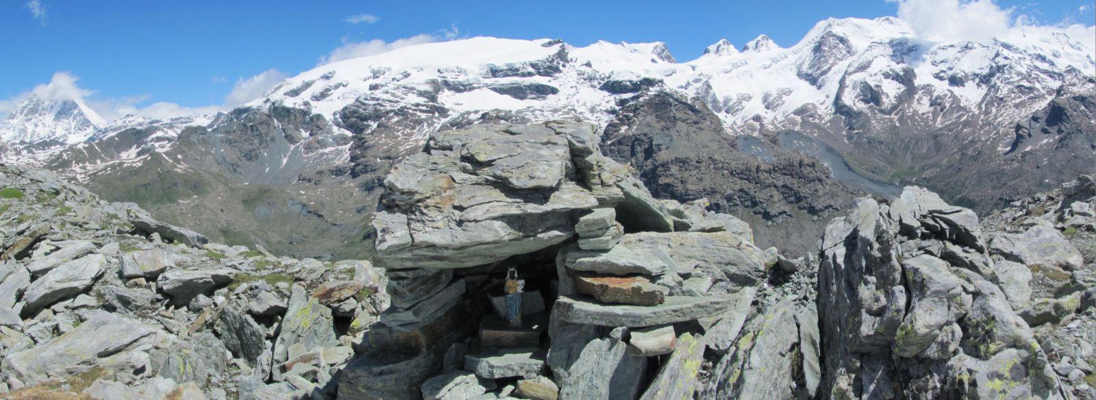 la madonna di Oropa sul Monte Croce