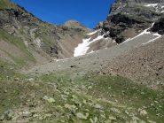 Il Monte Dzalou dai pressi del bivacco, a centro foto il nevaio risalito