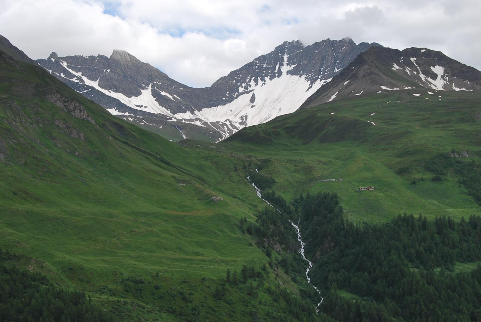 Rifugio Bonatti,Alpi di Malatra e Col Bonalex salendo