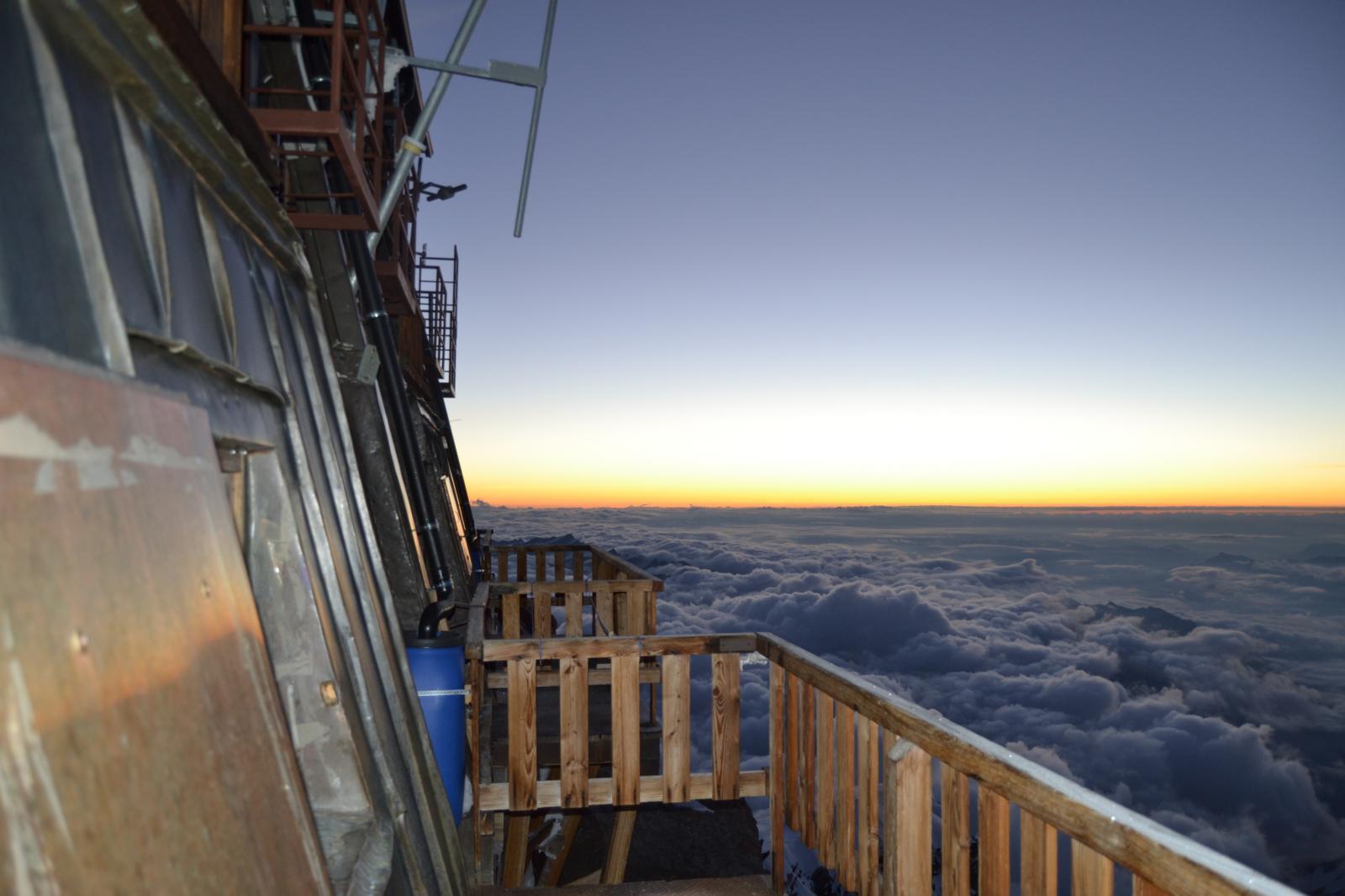 capanna margherita sul mare di nuvole m 4552
