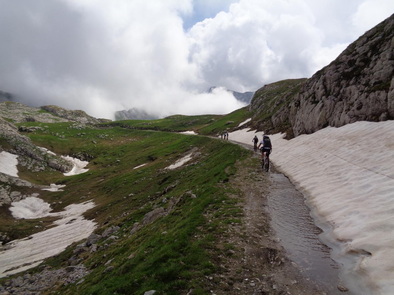 nella zona delle Carsene c'è ancora parecchia neve
