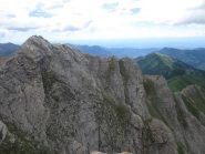 l'anticima con la bella cresta che scende verso Punta Midi