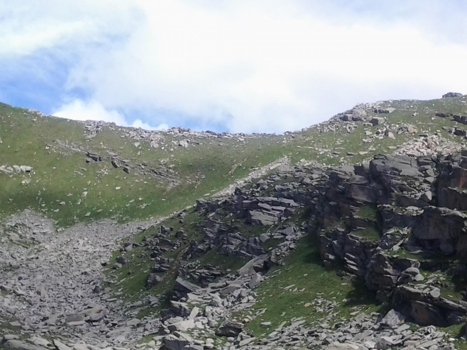 Il colle della Crocetta visto dal lago