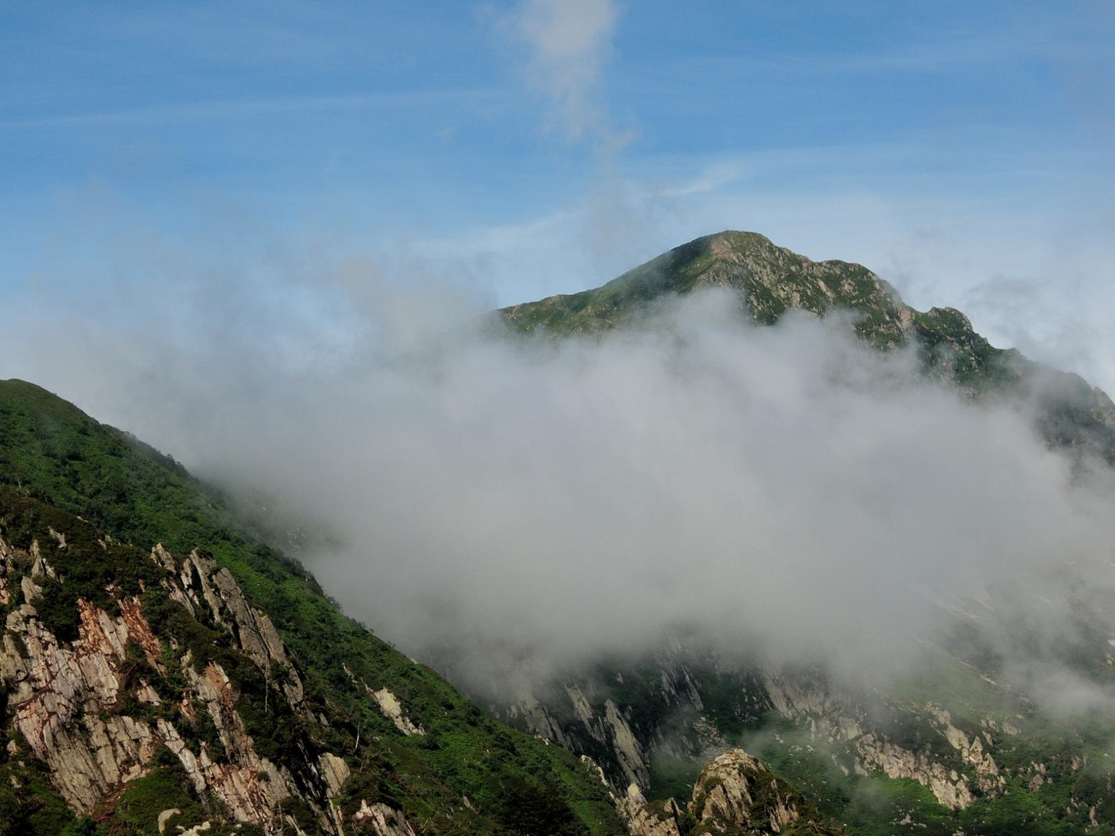 Monte Zeda tra le nuvole