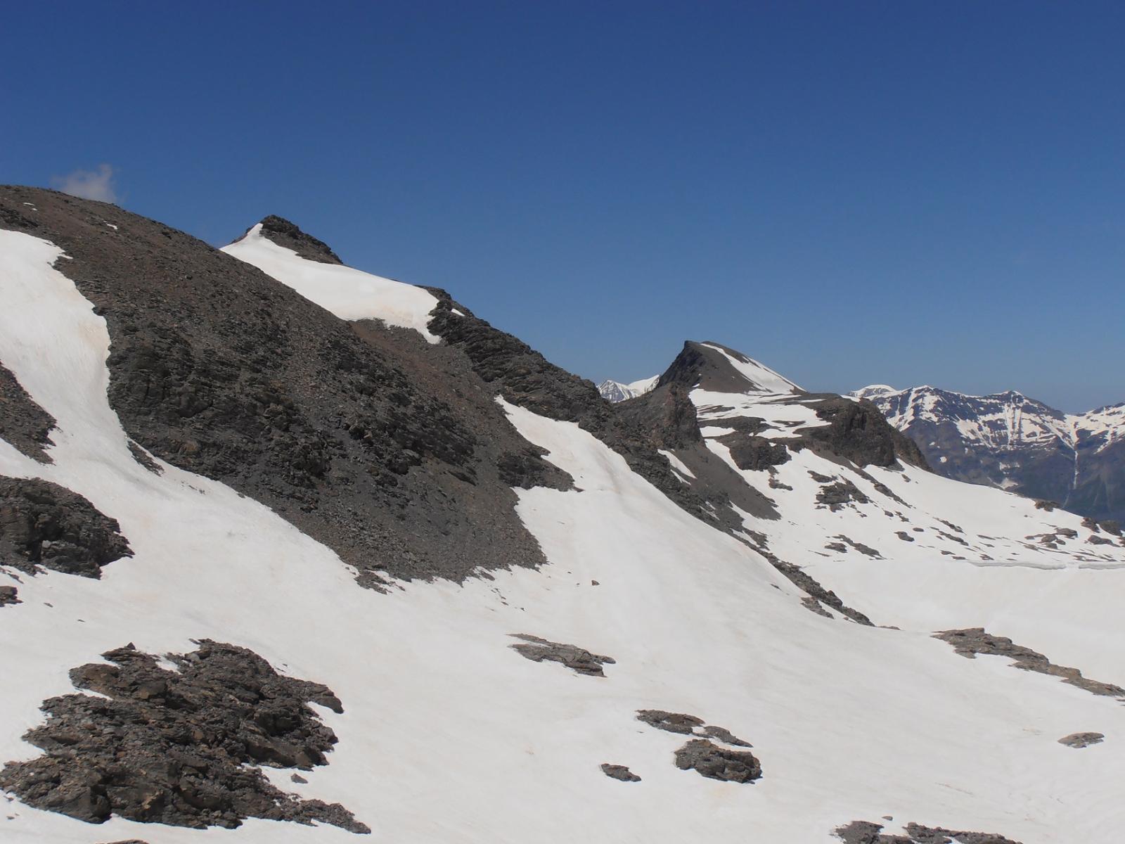 01 - Punta di Novalesa e Marmottere viste risalendo al Rocciamelone