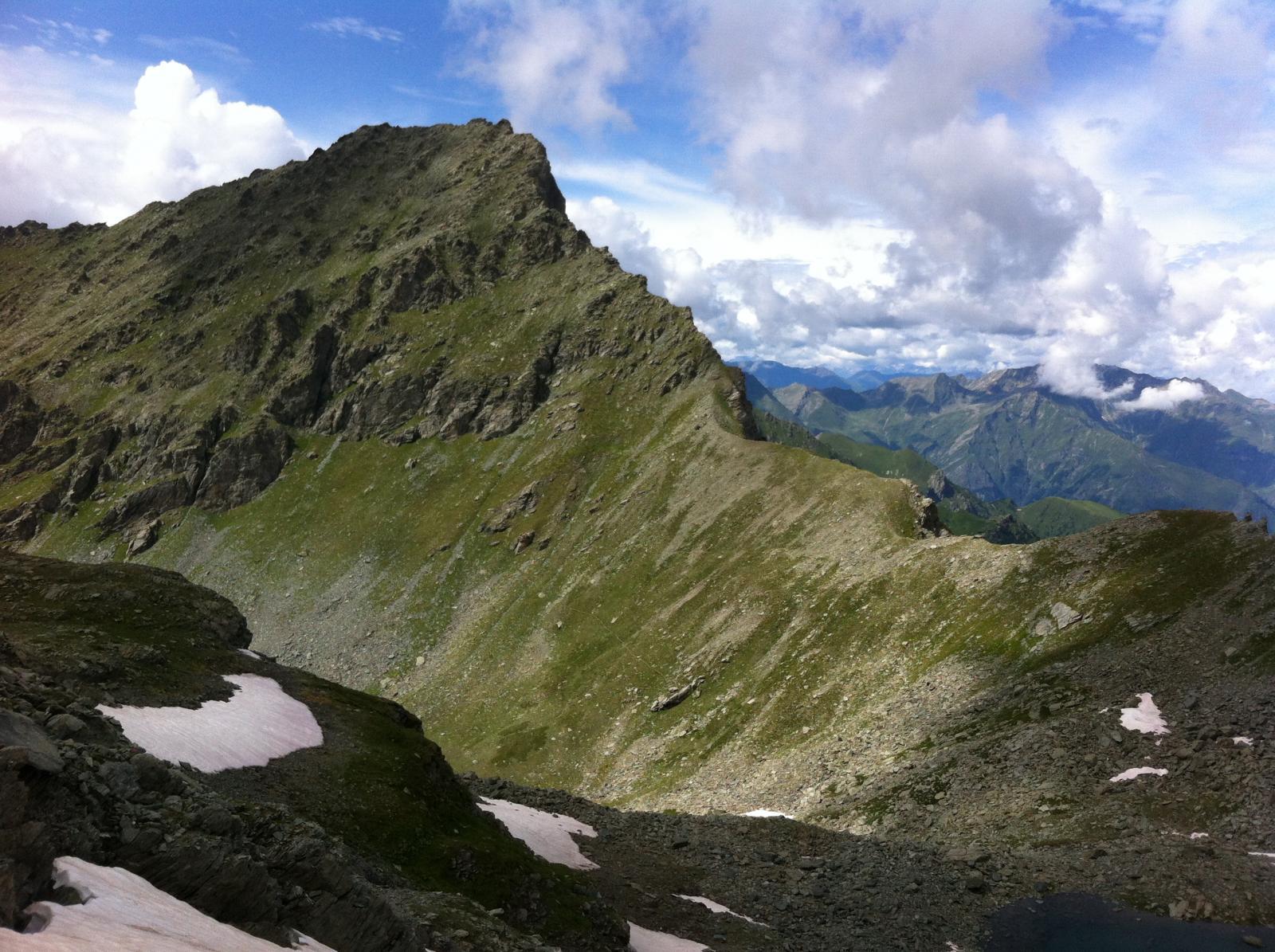 colle Manzol e versante di salita al monte Manzol