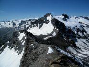 La cresta vista dalla cima. Sullo sfondo la Grande Traversiere